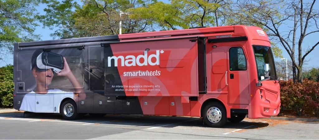 SmartWheels Bus