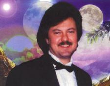 Valeriy Larry Kovaliv